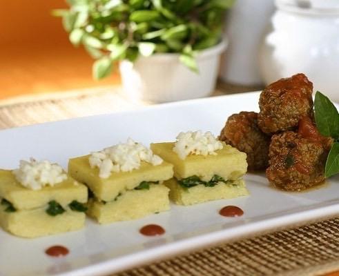 Almondegas c polenta